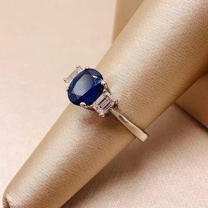 EUC Handcrafted Platinum Tanzanite/Diamond Ring